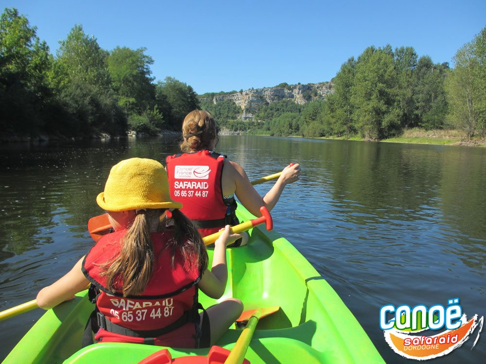 Canoe and kayak on the Dordogne river, in Correze and Lot